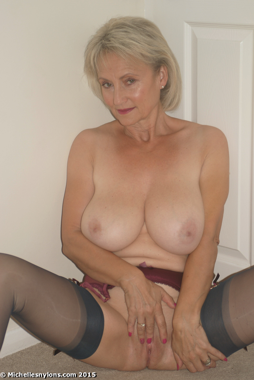French mature taking a bbc in her ass 6