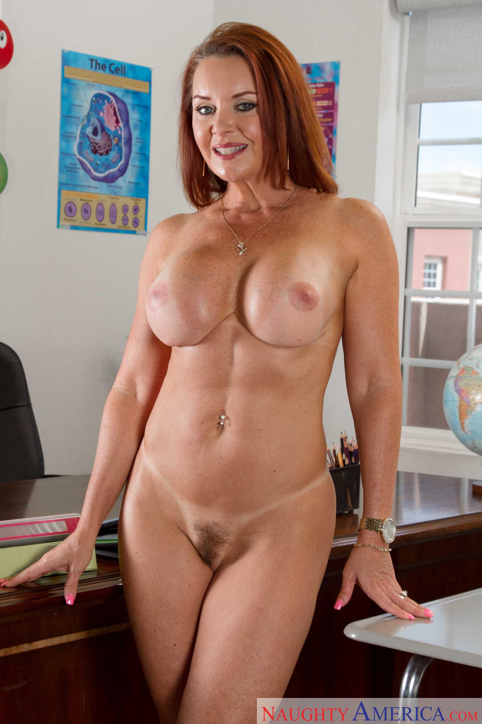 fine college girl nude