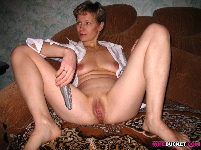fat women with pretty feet nude