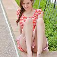 Ellie - Busty Flower Child - image control.gallery.php