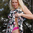 36 year old Zoey Tyler - image control.gallery.php