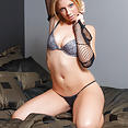 Melanie's Fishnets - image control.gallery.php