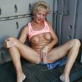 Tracy's Real Tampa Swingers - image control.gallery.php