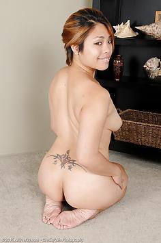 31 year old Laci Hurst