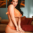 Nancy's smoldering beauty - image control.gallery.php