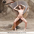 Melissa - Construction Girl - image control.gallery.php
