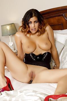 Big Tit Goddess