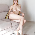 Busty young Marie - image control.gallery.php