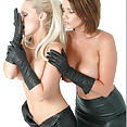 Lucy & Frankie - image control.gallery.php