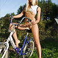 Weekend With Lilya - image control.gallery.php