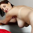 Karup's Chrissy Harris - image control.gallery.php
