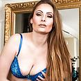 Karup's Sophia Delane - image control.gallery.php