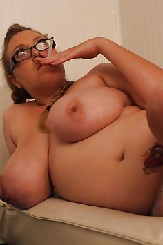 Sabina Smoking Topless