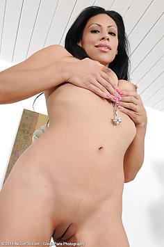 31 year old Cassandra Cruz