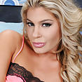 Nikki Capone - image control.gallery.php