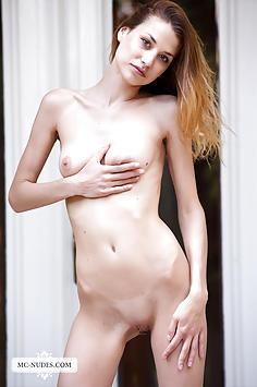Claire - Beauty