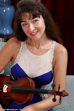 Ivana Slew
