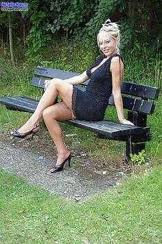 Michelle Manzer - Park poser
