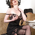 Holly - Slipping it in... - image control.gallery.php
