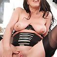 Marlyn - Girdle fetish frolic! - image control.gallery.php
