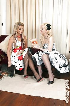 Faye and Natalia - Nylon foot loose...