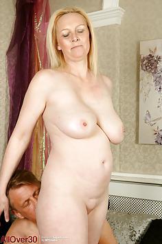 Suzie Stone