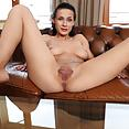Nicole Love - image control.gallery.php