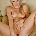 Sydney Paige - image control.gallery.php